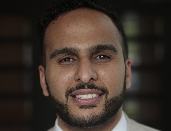 Mohamed Gula's' headshot.